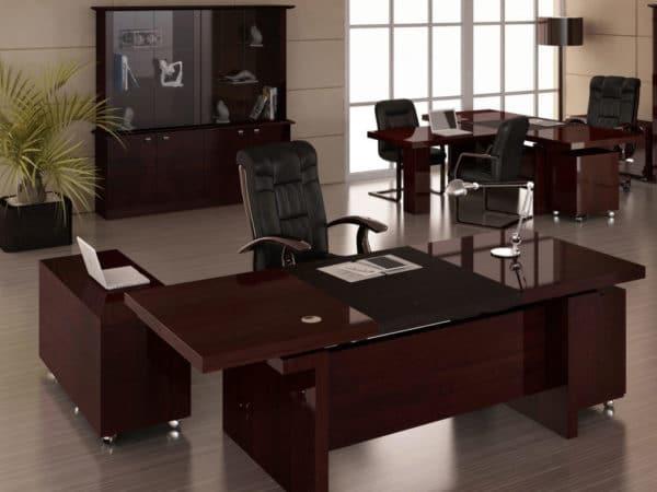 Кабинет руководителя: изготовление офисной мебели на заказ